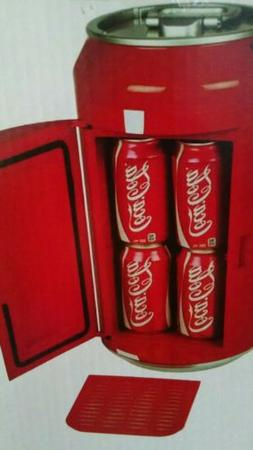 Coca Cola CC06 Mini Fridge, Red