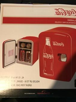 Coca-Cola Classic 0.14 cu. ft. 6 Can AC/DC Mini Fridge in Re