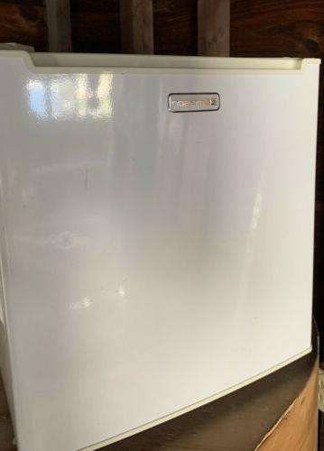 1 7 cu ft compact refrigerator mini
