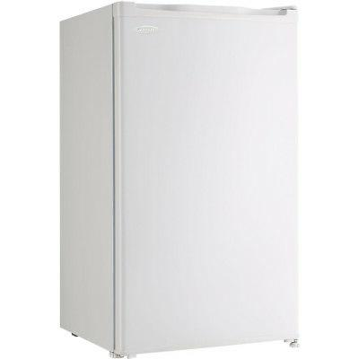 Danby Compact Refrigerator in -