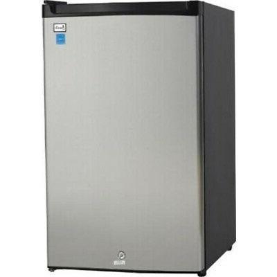 Avanti Counterhigh Refrigerator, 4.4 cubic feet