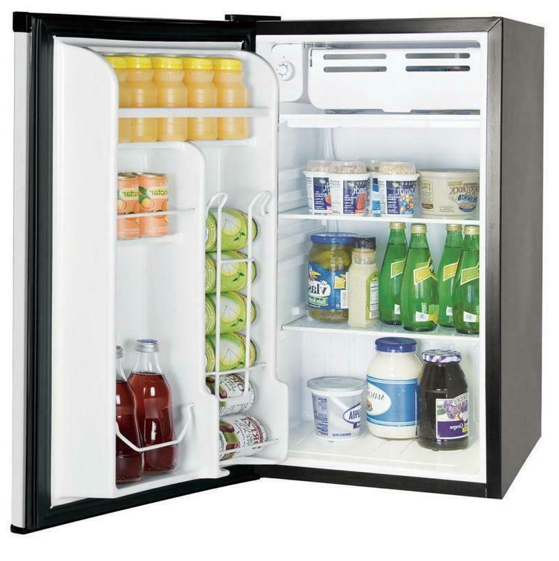 Single Door 3.2 Refrigerators with Freezers