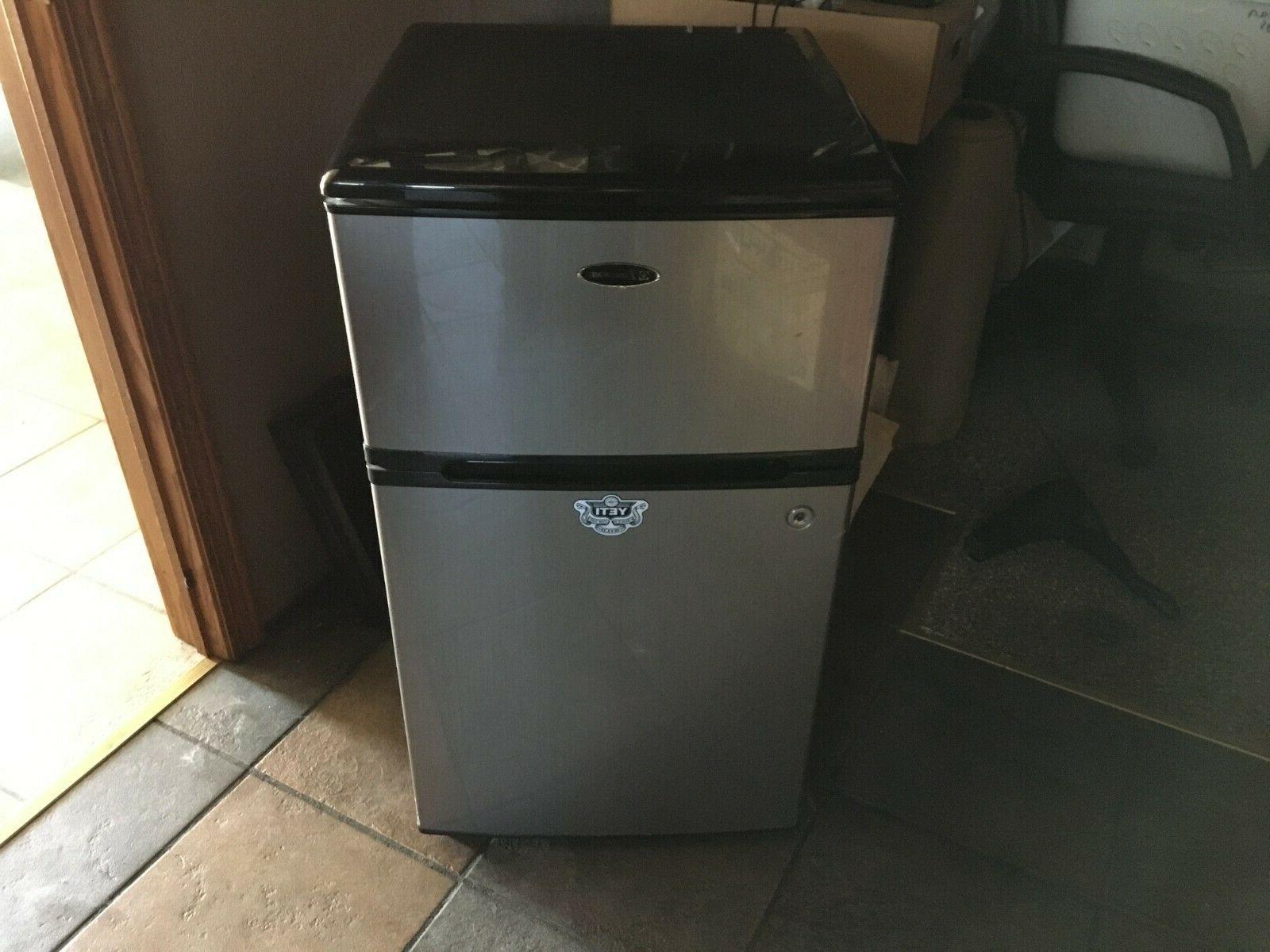 yeti mini fridge