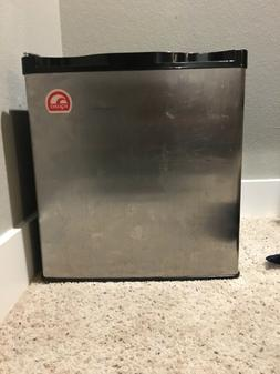 Igloo Mini Fridge Freezer Lightly Used