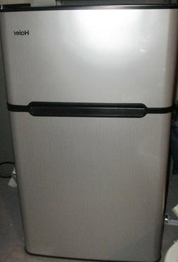 NEW Haier mini refridgerator fridge freezer perfect for dorm