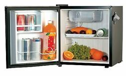 Igloo 1.6 cu ft Retro Compact Refrigerator with Side Bottle
