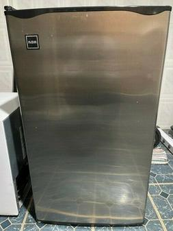 RCA RFR322 3.2 Cu.Ft Mini Refrigerator - Stainless Steel